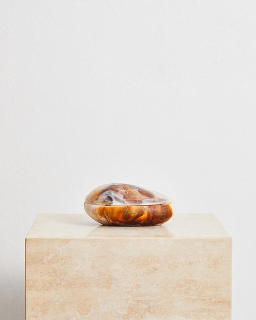 Lava Jar In Light Horn Swirl