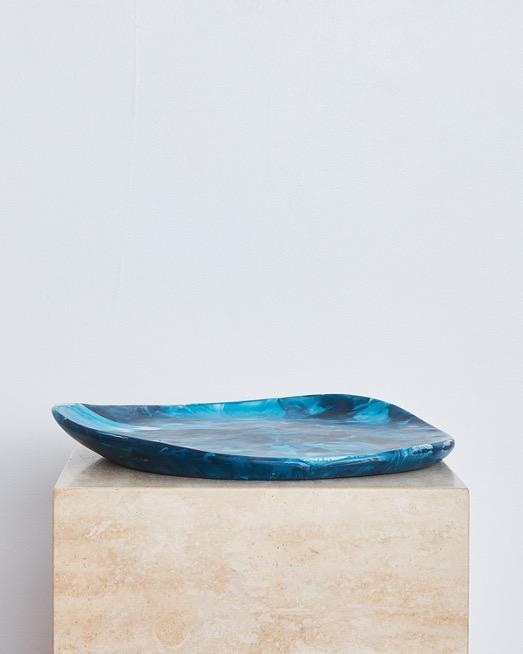 Pebble Plate in Moody Blue