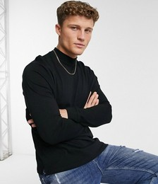 Long Sleeve Turtle Neck T-shirt in Black
