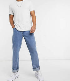Baggy Jeans in Mid Wash