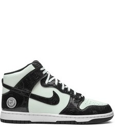 Dunk High SE sneakers