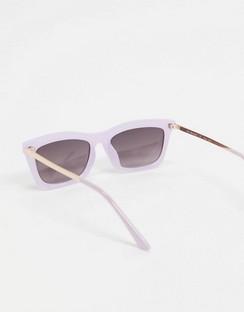 Square Sunglasses in Lilac