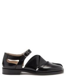 Tabi Split-toe Cutout Leather Sandals