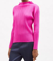 Boat-neck Technical-pleated Top